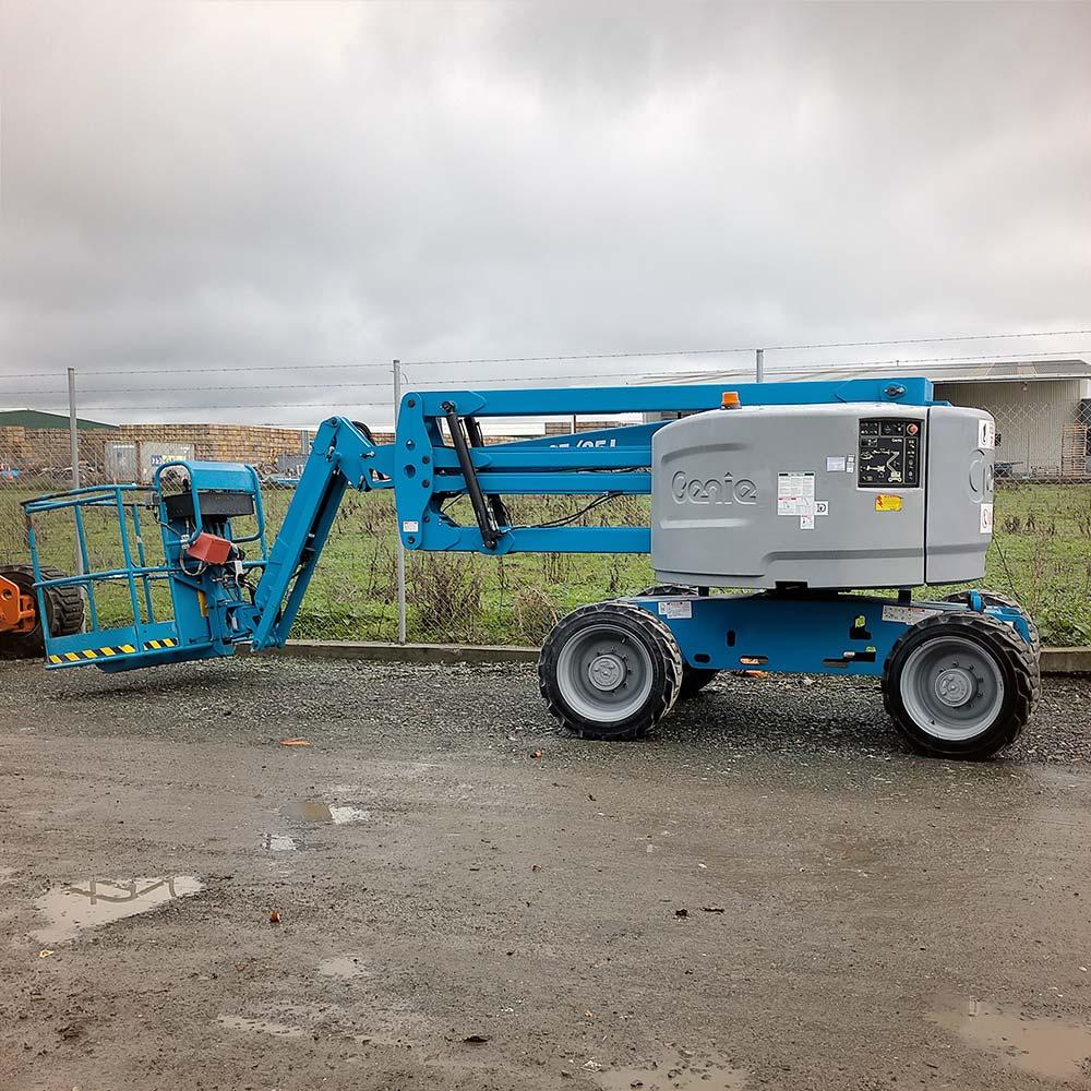 Diesel Articulated Z-Boom – Genie Z45-25J RT Boomlift